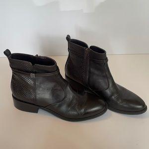 Bandolino dark brown booties- size 7 1/2